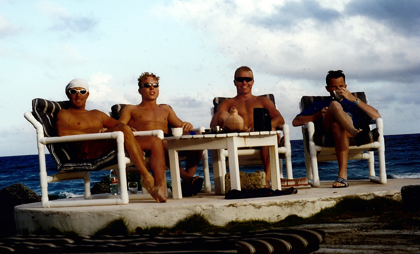 Pete, with Craig MacLean, Chris Hoy, and VeloVeritas Editor Martin, chilling out in Barbados after the racing.