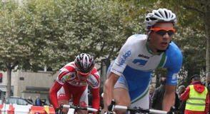 Dimitri Claeys hurtles round Paris, towards third place.