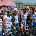 Gianni Savio doesn't look sad and serious, he's had a fourth place, a win; and yesterday his boy Serpa was third.